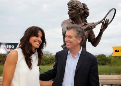 Габриела Сабатини вече има статуя в Буенос Айрес