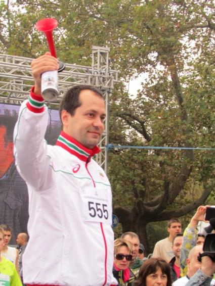 Заместник-министър Калин Каменов даде старт на XXXI Маратон на София