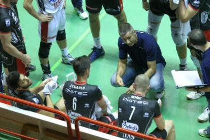 Радо Стойчев: Изиграхме втори пореден добър мач, което е добър знак (видео)