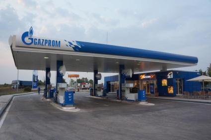 Откъде идва горивото за бензиностанциите Газпром