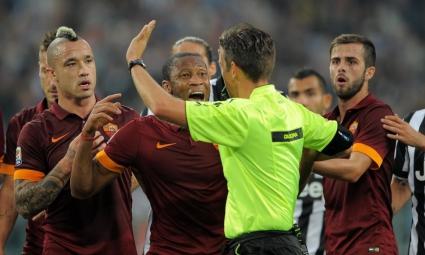 Шефът на италианските съдии: Според УЕФА няма грешки на Юве - Рома