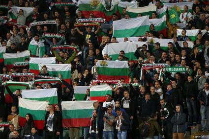 """Близо 1000 българи ще дерат гърла на """"Улевал"""", БФС взе допълнителни билети"""