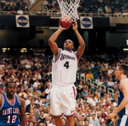 Бивш НБА играч почина от рак