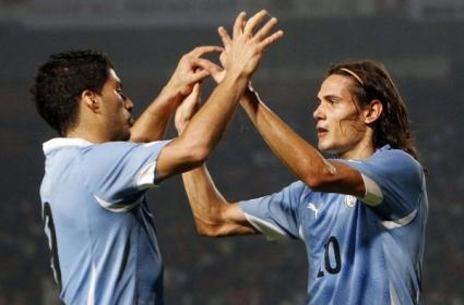 Луис Суарес даде заявка за Ел Класико с 2 гола за Уругвай (видео)