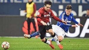 Опростиха част от наказанието на Хунтелаар, ще играе срещу Дортмунд