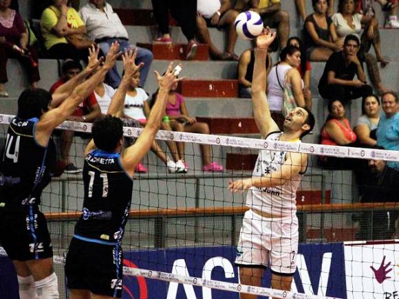 Силен Николай Учиков с 15 точки, UPCN (Сан Хуан) на полуфинал в Аржентина