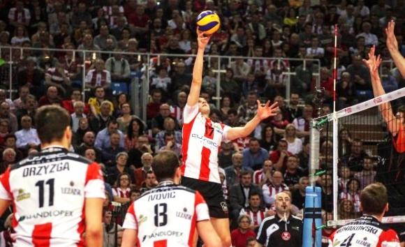 Ники Пенчев и Ресовия на финал в Полша след поредно 3:1 над Ястрежебски Венгел (ВИДЕО)