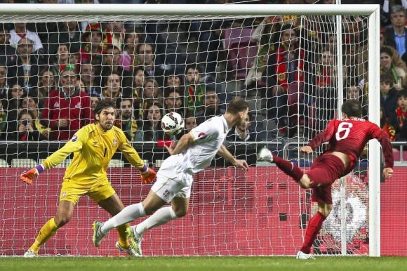 Португалия удари Сърбия и излезе начело в група I