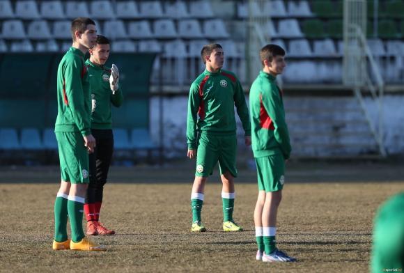 България разби Македония в подготовката за Евро 2015