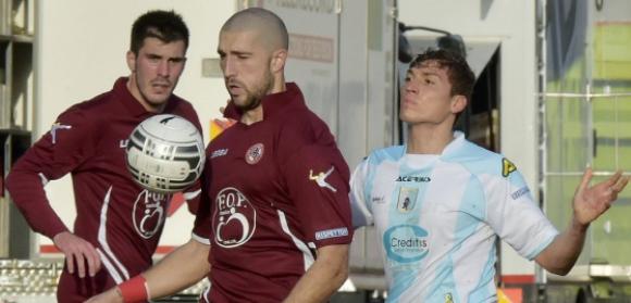 Гълъбинов избран за играч на мача в първия успех на Панучи