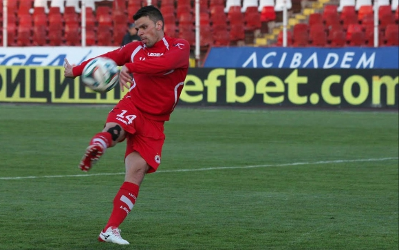 Вальо Илиев: Търпим и играем, колкото можем (видео)