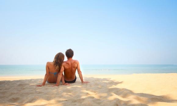 Грешните реплики на плажа с нея