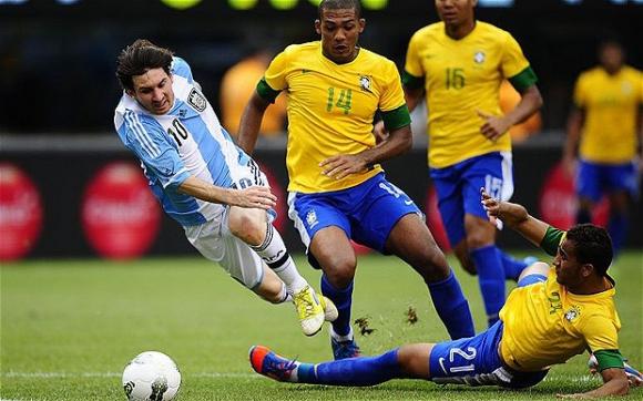 Отмениха контролата Бразилия - Аржентина заради корупцията във ФИФА