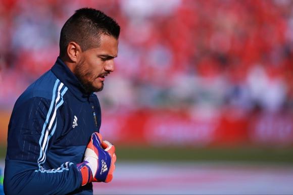 Манчестър Юнайтед привлича вратаря на Аржентина