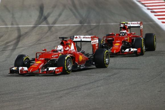 Ферари: Райконен е бърз колкото Фетел