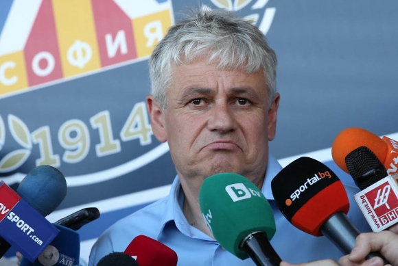 Стойчо Стоев се подиграва с шефовете на Лудогорец (видео)