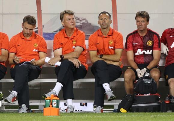 Юнайтед тренира веднага след 8-часов полет заради загубата от ПСЖ