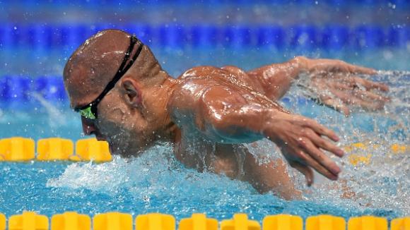 Чех: Щях да се удавя, но пипнах първи стената