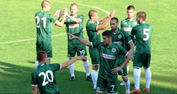 Нефтохимик пусна билетите за мача с Дунав