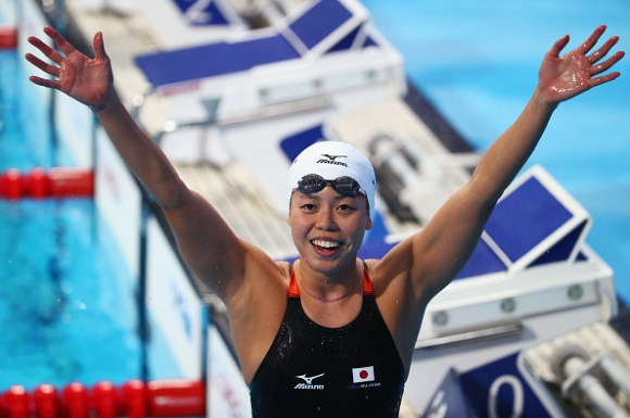 Японка триумфира на 200 метра бътерфлай