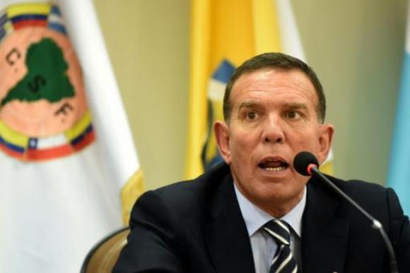 Южноамериканската футболна конфедерация ще подкрепи Платини
