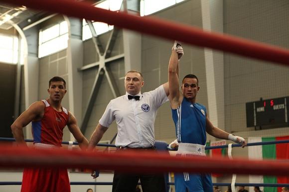 Започнахме с победа на европейското по бокс в Самоков