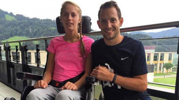 Лавийени скочи 5.93 м за парализираната Кира Грунгерг