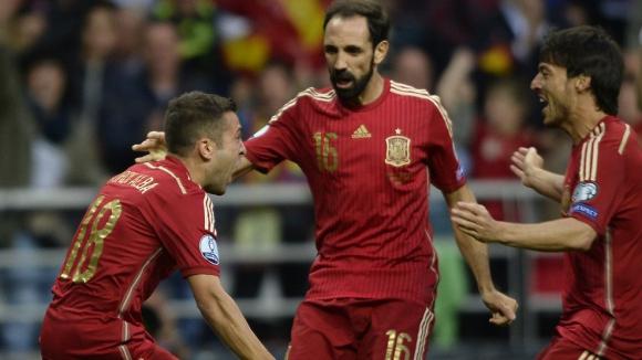 """Испания си върна на Словакия и поведе в група """"С"""" (видео)"""