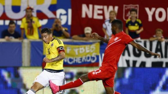 Перу се добра до равен с Колумбия с гол в края
