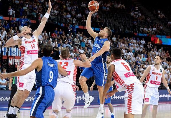 Израел с драматична победа на ЕвроБаскет 2015 (видео)