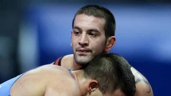 Маринов надви сърбин на старта