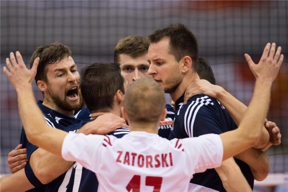 Полша даде гейм на Аржентина, но записа успех №3 на Световната купа (ВИДЕО)