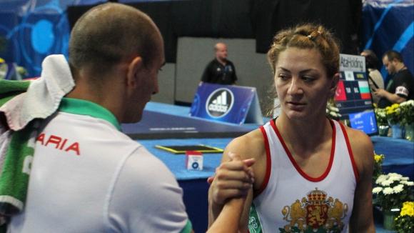 Ева Николова излиза за медал
