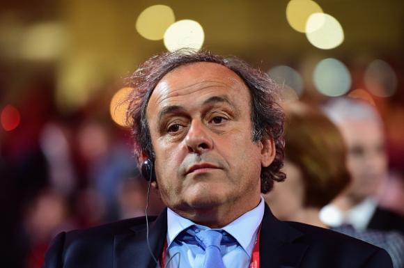 Мишел Платини няма  да дава публични обяснения за парите, получени от ФИФА