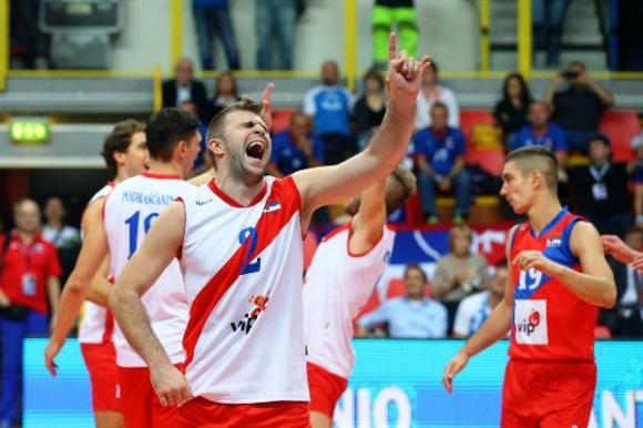 Сърбия с измъчено 3:2 над Словакия на старта на Европейското