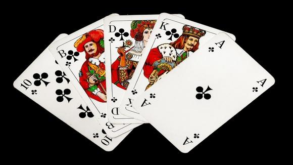 Покер стратегия: Как да си играем флъша?