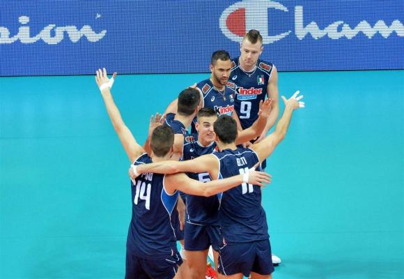 Италия детронира шампиона Русия и се класира за полуфиналите