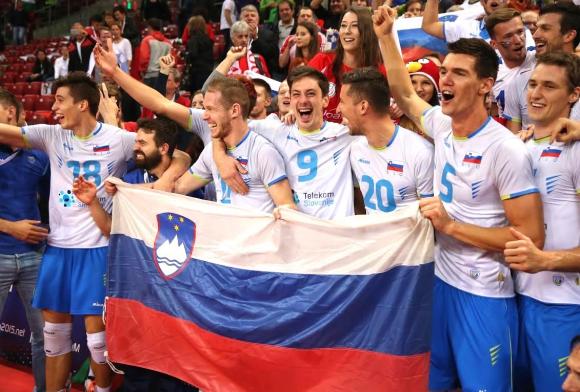 Словения пише история! Джани и компания разбиха Италия с 3:1 и са на финал на Евро 2015 (ГАЛЕРИЯ)