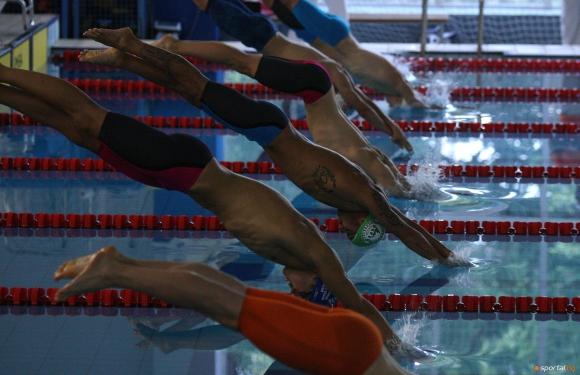 """Благотворителен турнир по плуване """"Помогни на Веси"""" ще се проведе на басейн """"Мадара"""""""