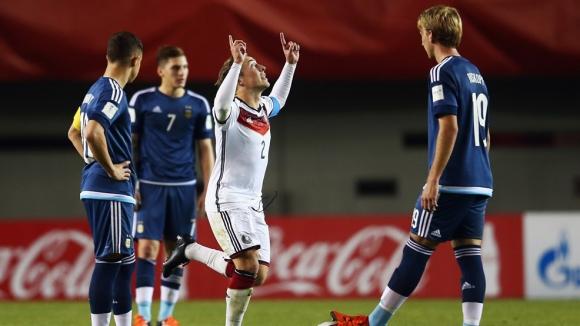 Германия се класира за осминафиналите на световното до 17 години
