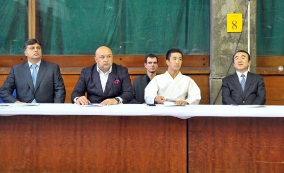 Министър Кралев уважи 30-годишнината на българското айкидо