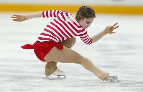 """15-годишната Евгения Медведева спечели титлата на """"Скейт Америка"""""""