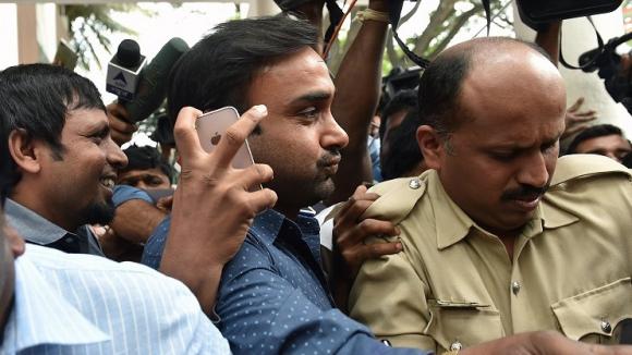 Арестуваха индийски състезател по крикет за нападение над жена
