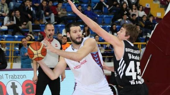Калоян Иванов с нов силен мач за Тофаш в турското първенство
