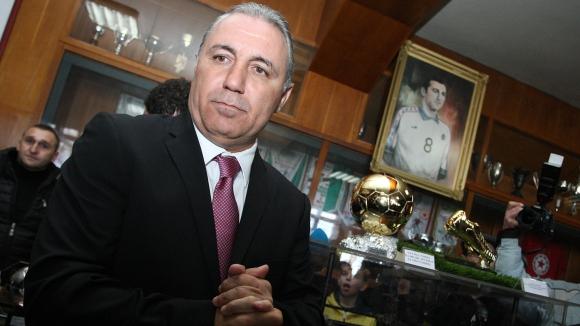 Уникално шоу за 50-годишния юбилей на Христо Стоичков, Диего Марадона пристига в България