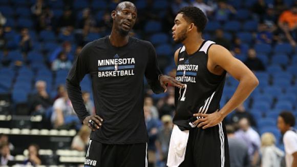 14 настоящи НБА играчи не са били родени при дебюта на Гарнет