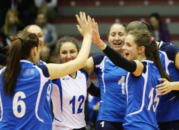 Волейболистките на Левски взеха чиста победа над Казанлък Волей