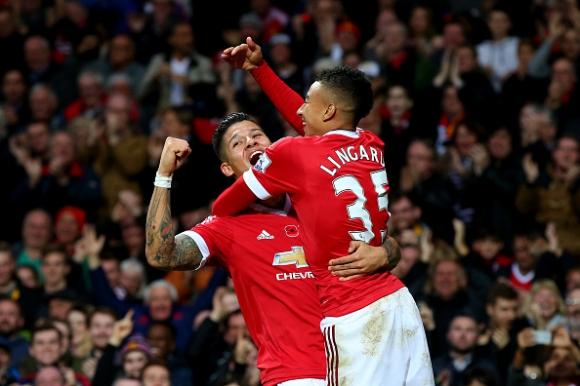 Манчестър Юнайтед победи с повече от един гол в 50-ия мач на Ван Гаал в Премиър лийг (видео)