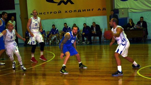 Спартак (Плевен) продължава с победите в НБЛ