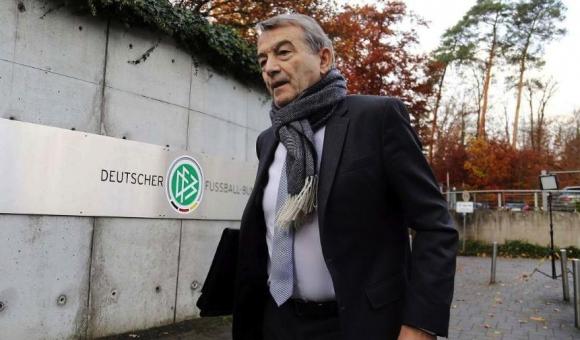 Босът на германския футбол хвърли оставка